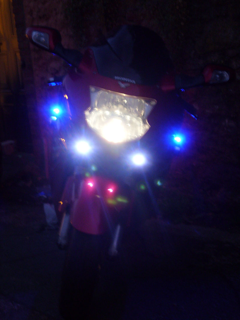 He had an interesting story also being pulled by a bike cop who commented on the lights asking u0027where he could get someu0027 love it! & Honda CBR1100XX Blackbird azcodes.com